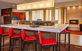 Courtyard by Marriott Hampton Va