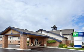 Holiday Inn Express Gaylord Michigan