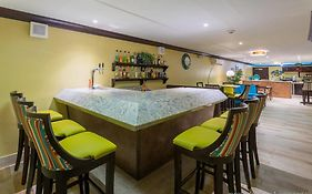 Holiday Inn Resort Montego Bay Reviews