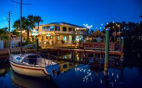 Bayview Plaza Waterfront Resort st Pete Beach Fl