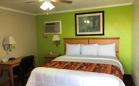 Motels in Kingman Ks