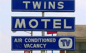Twins Motel Strasburg Ohio