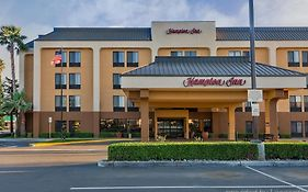 Hampton Inn Bakersfield Central