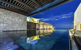 Maldives Beach Hotel 3*