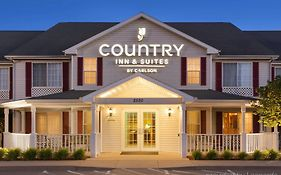 Country Inn And Suites Nevada Mo