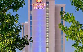 Crown Plaza Hotel Rosemont