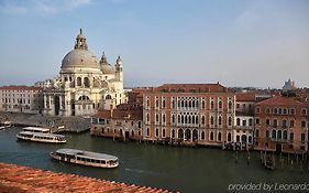 Centurion Palace Venice Reviews