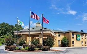 Quality Inn - Clinton Knoxville North