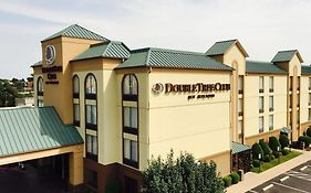Doubletree Club by Hilton Hotel Springdale