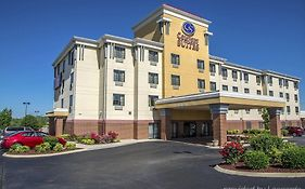 Comfort Inn Suites Forest Park Ohio