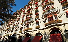 The Plaza Athenee Paris