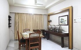 Oyo Apartments Mumbai Domestic Airport 1