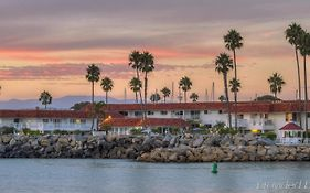 Oceanside Marina Suites Ca
