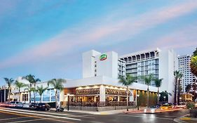 Courtyard by Marriott Long Beach