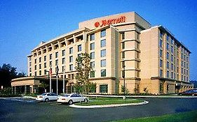 Richmond Marriott West Hotel