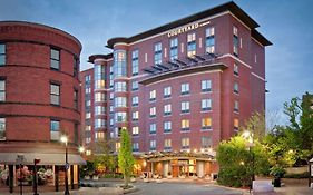 Marriott Courtyard Brookline