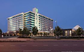 Embassy Suites Hampton va Spa