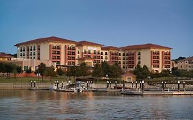Rockwall Lake Hotel