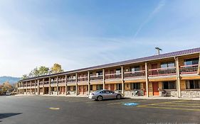 Econo Lodge Inn & Suites Kalispell Mt
