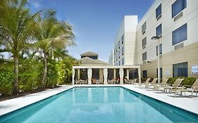 Hilton Garden Inn West Palm Beach Airport Reviews