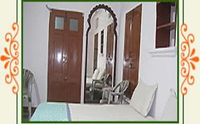 Jheel Paying Guest House Udaipur