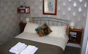 Lyness Guest House Scarborough