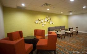 Hampton Inn And Suites in Valdosta Ga