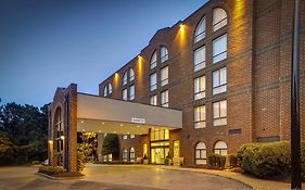 Embassy Suites Williamsburg Va