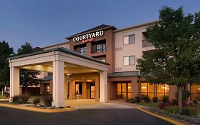 Courtyard Marriott Peoria Il