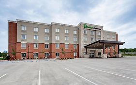 Holiday Inn Express in Manhattan Ks