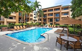 Courtyard Miami Airport West Doral