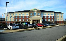 Holiday Inn Express California Maryland