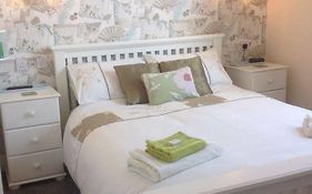 Cleasewood Guest House Great Yarmouth 4*