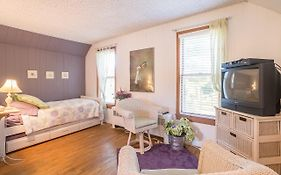 Cottonwood Inn B&b 3*