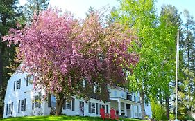 Huckleberry Hill Bed And Breakfast
