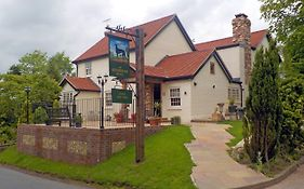 The Greyhound Hever