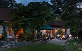Swiss Woods Bed And Breakfast Inn