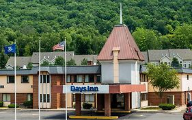 Days Inn in Berlin Ct