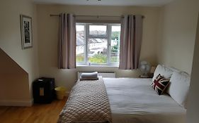 Kathleen House Bed & Breakfast Enfield United Kingdom