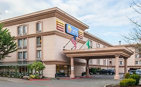 Comfort Inn And Suites Seattle Airport