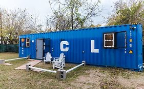 Blue Steel: Tiny Home In The Cedars Dallas United States
