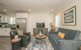 Newly Built Townhome In The Heart Of Hollywood
