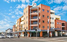 Quality Suites Boulevard on Beaumont Newcastle Nsw