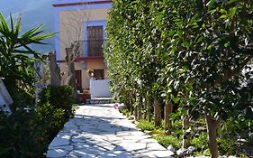 Taxiarchis Apartments Symi 2*