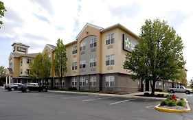 Extended Stay America Indianapolis Airport w Southern Ave