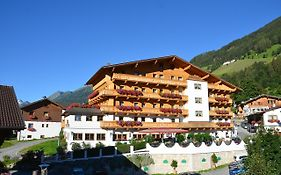 Hotel Sonnhof Neustift