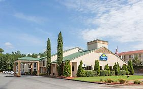 Days Inn & Suites By Wyndham Norcross photos Exterior