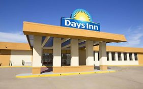 Days Inn By Wyndham Henryetta photos Exterior