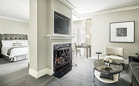 Waldorf Astoria Chicago Residences