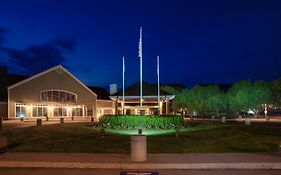 Maumee Bay State Park Lodge